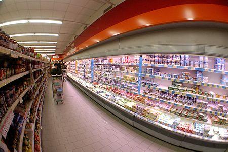 119663_0792692001192527949-non-todo-o-mundo-pode-encher-o-carrino-do-supermercado-imaxe-fao